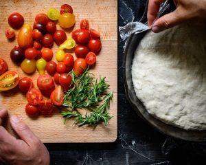 skillet-tomatoes-and-herbs